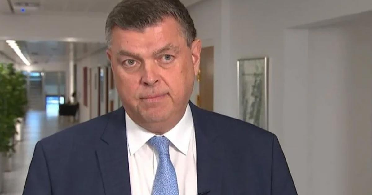 Йенсен заявив, що шкодує про рішення знищити всіх норок в Данії (Фото: Скріншот відео dr. dk)