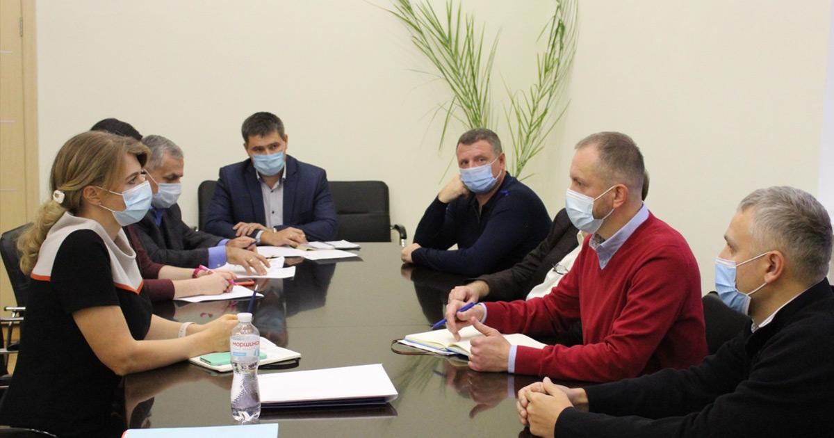 Заходи з запобігання поширенню коронавірусу SARS-CoV-2 серед норок обговорили на нараді з представниками Асоціації звірівників України